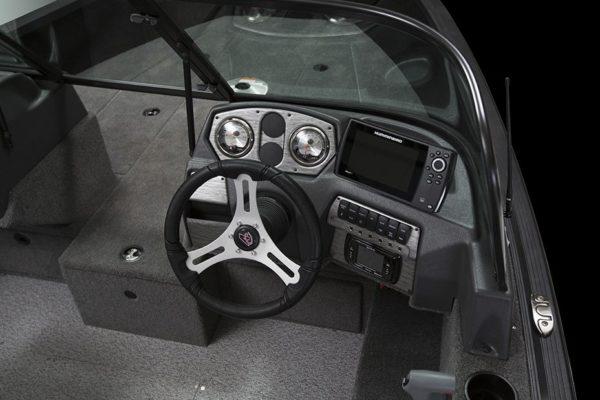 Alumacraft Voyaguer 175 Sport styrpulpet