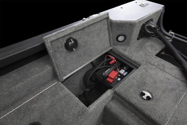 Alumacraft Competitor 205 Tiller förvaring
