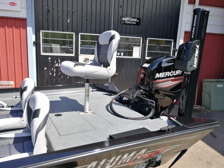 alumacraft prowler 165 båt boat kastdäck stol