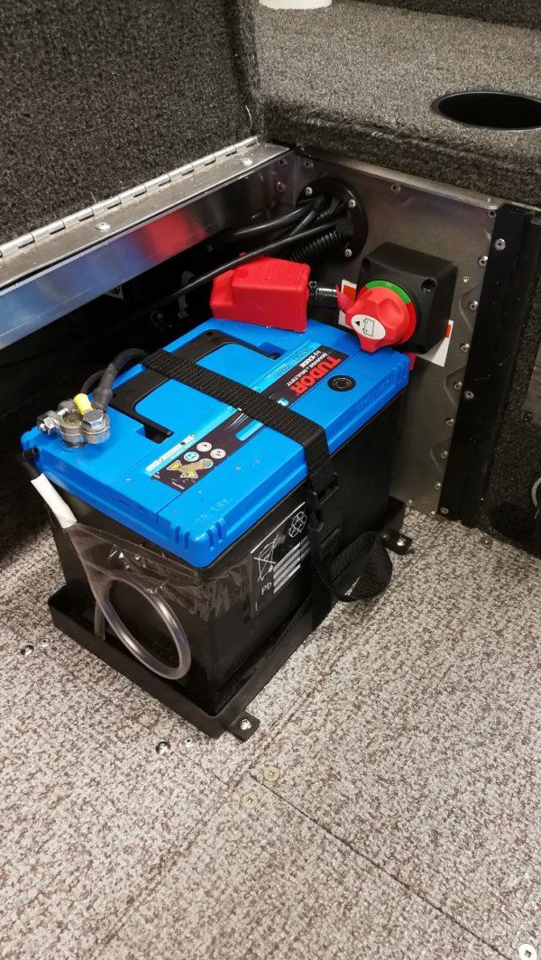 Alumacraft Escape 165 Tiller förvaring batteri