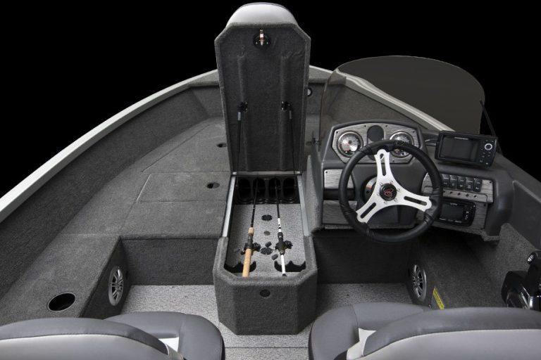 Alumacraft Voyageur 175 CS spöförråd styrpulpet