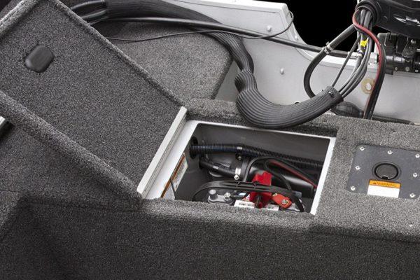 Alumacraft Voyaguer 175 Sport förvaring batteri